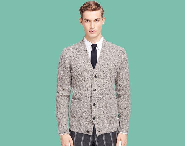 pulover cu nasturi