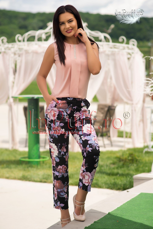 pantaloni-negri-imprimeu-floral-ade