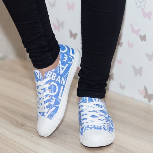 tenisi-dama-modlet-bleumarin-din-colectia-ankita-modlet-1