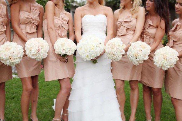 Trucuri pentru a îmbrăca domnișoarele de onoare4
