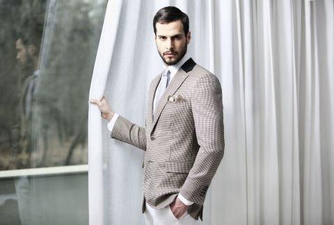Tudor Personal Tailor costum
