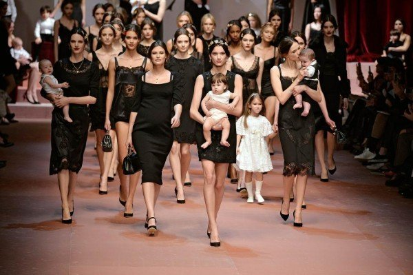 MILAN, ITALY - MARCH 01:  Models walk the runway at the Dolce & Gabbana Autumn Winter 2015 fashion show during Milan Fashion Week on March 1, 2015 in Milan, Italy.  (Photo by Catwalking/Getty Images)