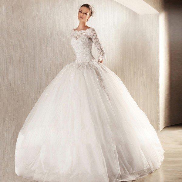 rochie de mireasa cu maneci2