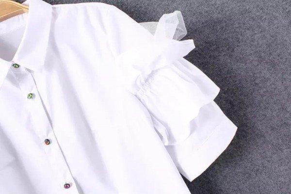 bluze cu volanase 2