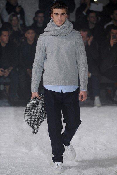 pulover pe gat2