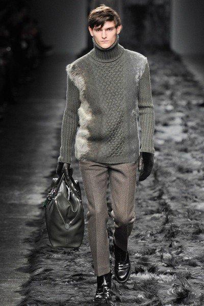 pulover pe gat3
