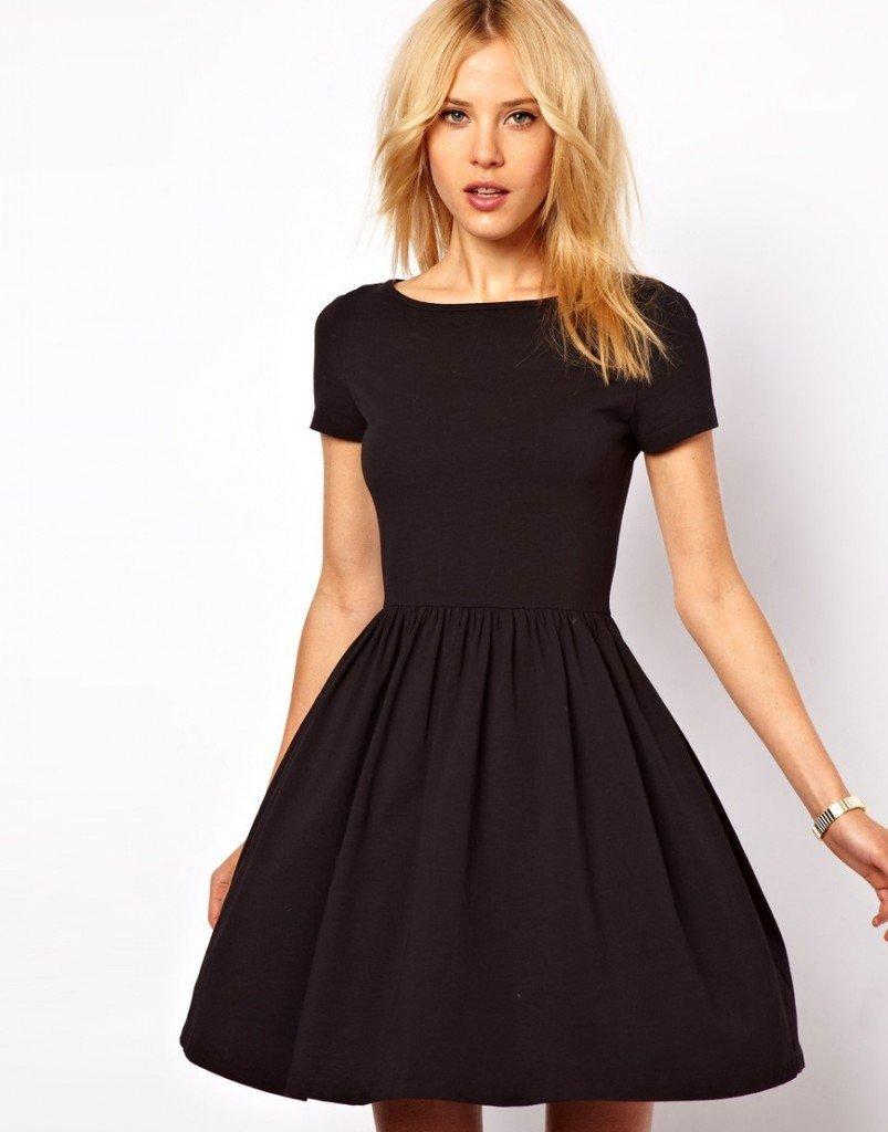 rochie neagra clasica