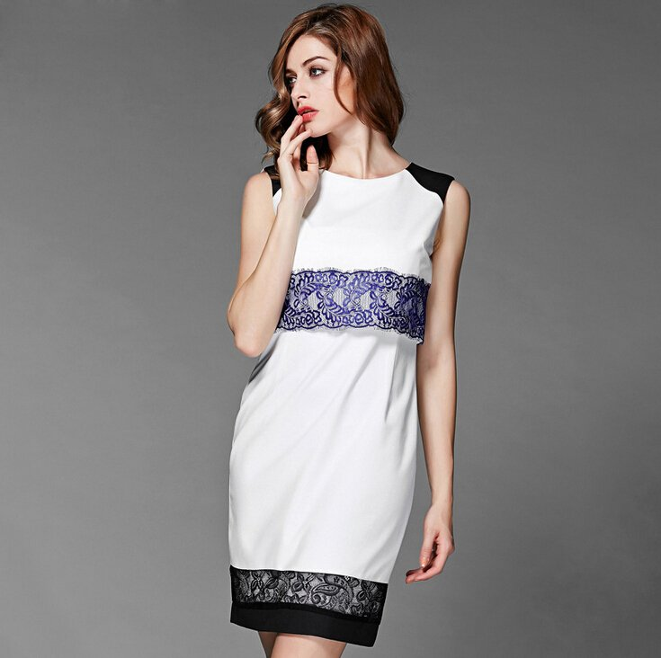 rochii dantela minimalistice