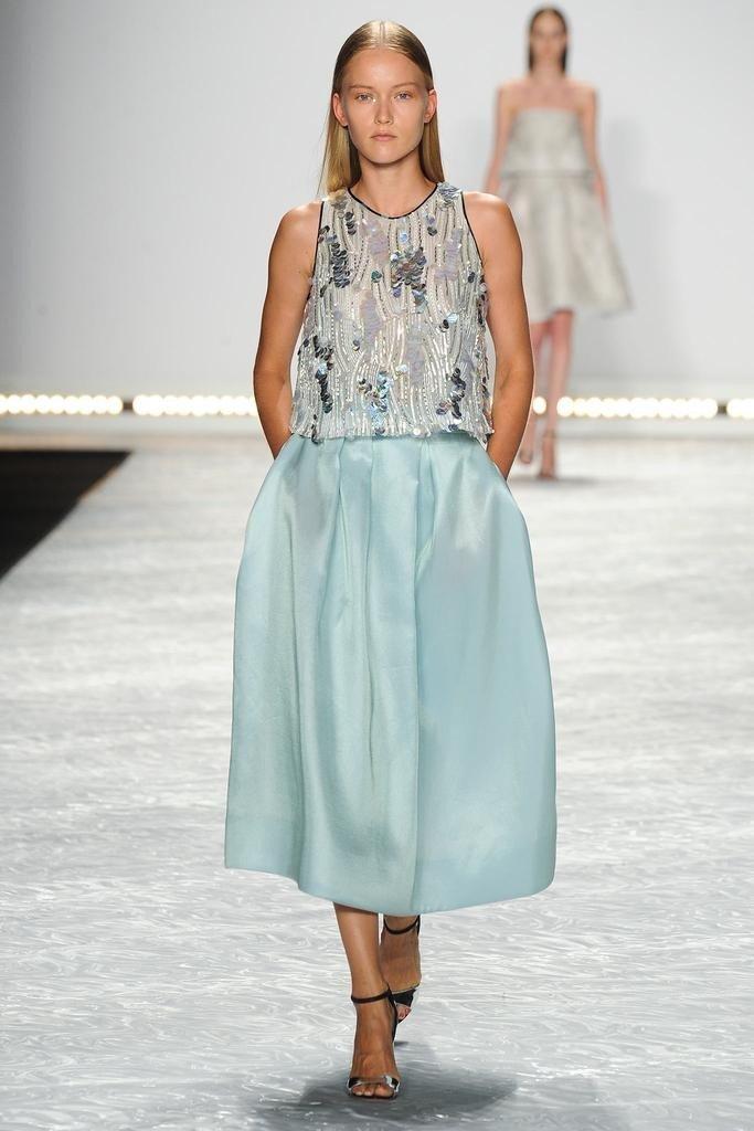 cum sa porti o rochie aquamarine1