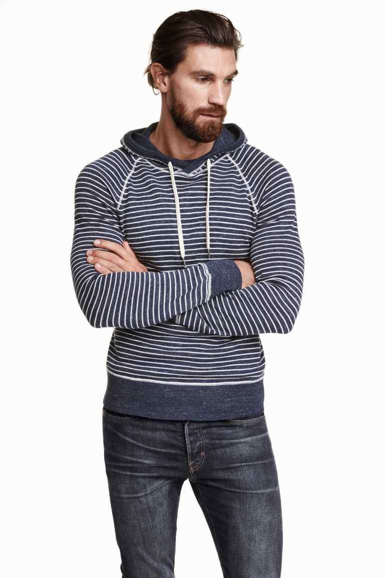 pulover cu gluga