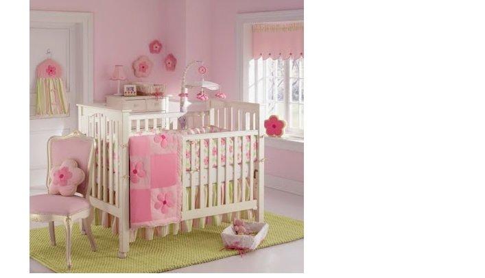dormitor fetite roz