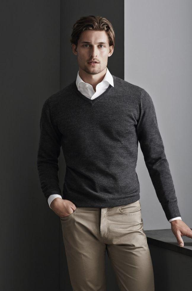 pulover guler v barbati