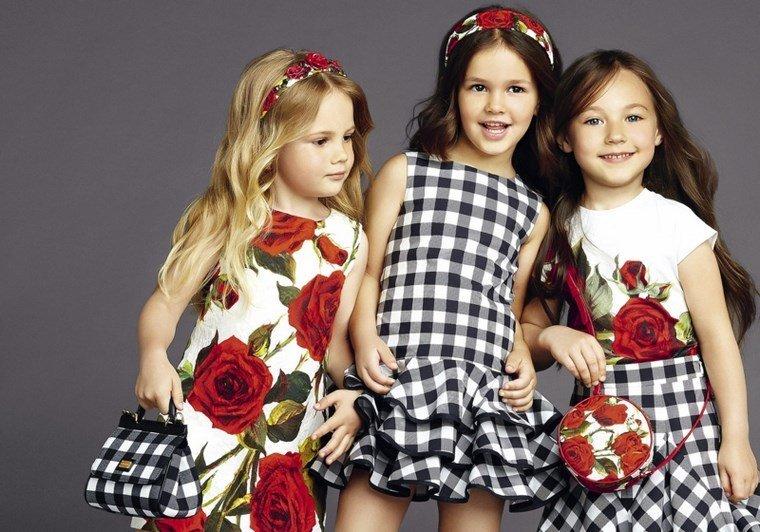 rochii cu trandafiri fete gabanna