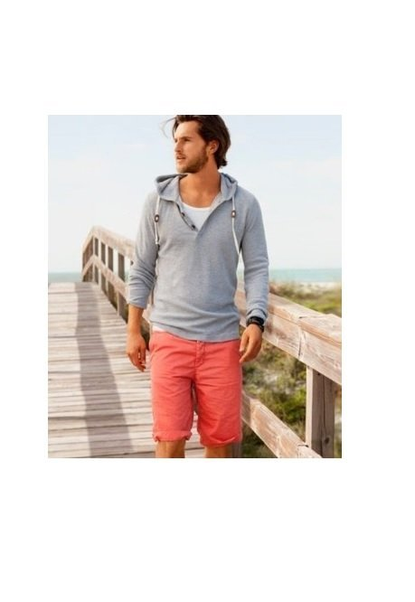 hanorac+pantaloni scurti rosii