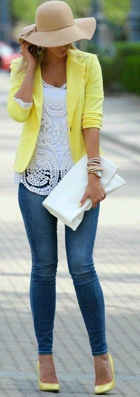 blazer galben+bluza brodata