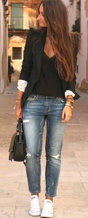 blazer negru cu mansete deschise