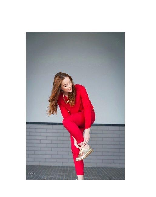 bluza rosie+pantaloni skinny