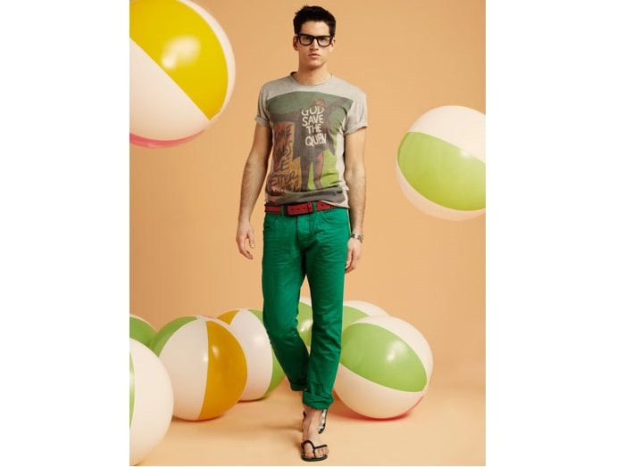 pantalon verde+tricou gri imprimat