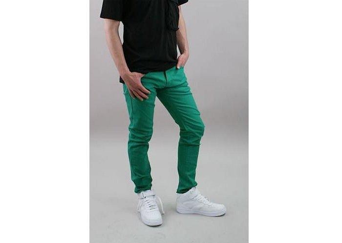 pantalon verde+tricou negru