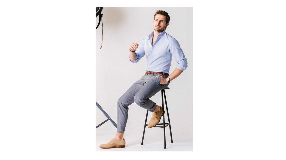 camasa-lunga-pantaloni-chino-gri