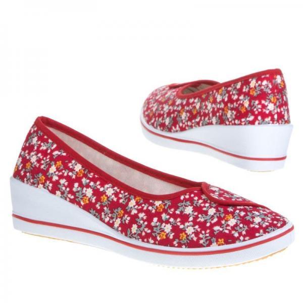 espadrile-tineresti-de-culoare-rosie-cu-imprimeu-floral-1