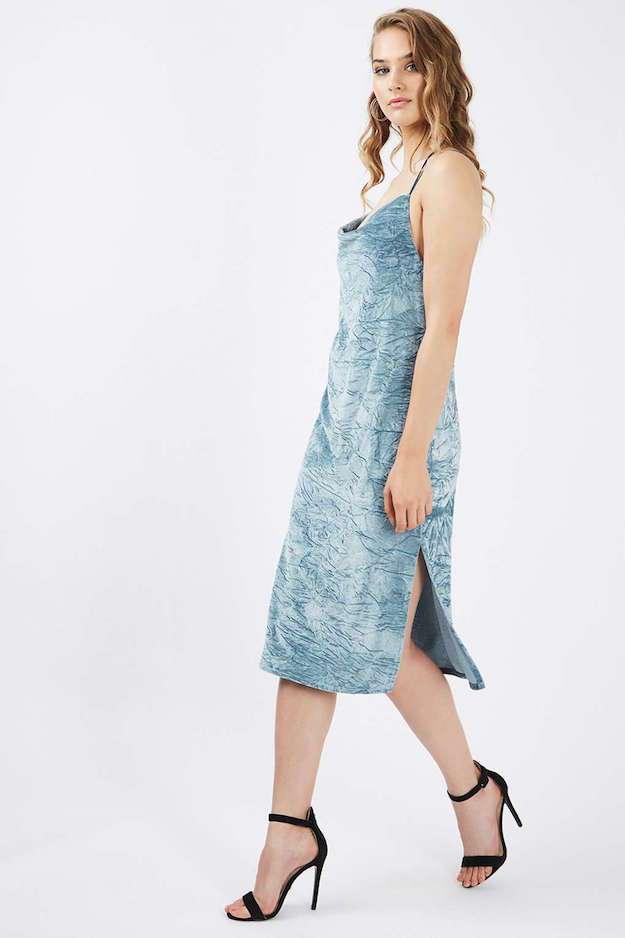 rochie-catifea-albastra-topshop
