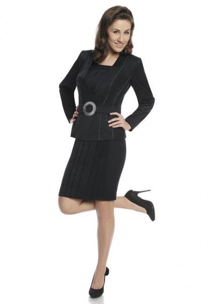 costum-modern-de-culoare-neagra-cu-rochie-si-sacou-1