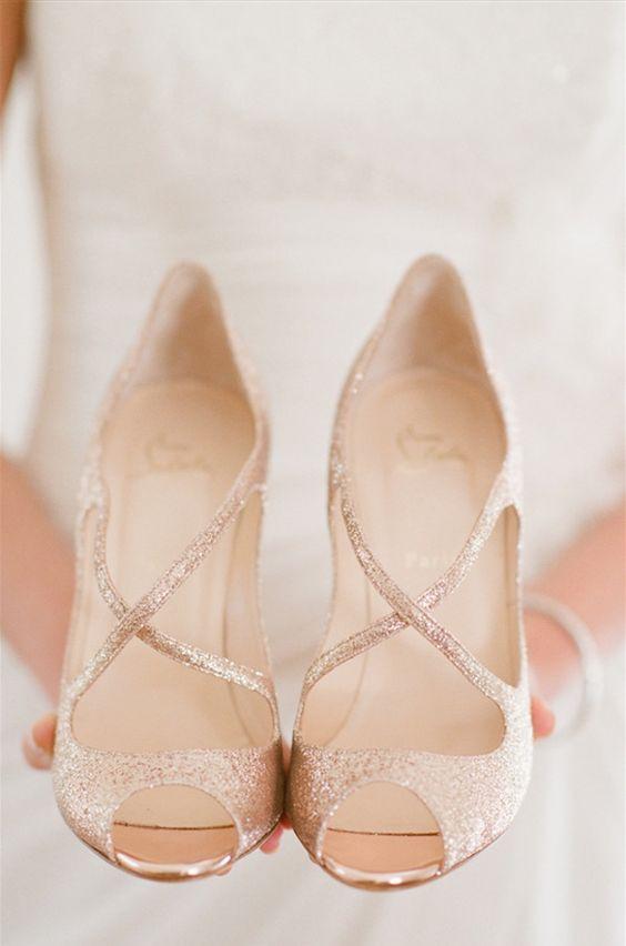 tendnte pantofi
